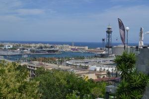 Blick über Barcelonas Hafen